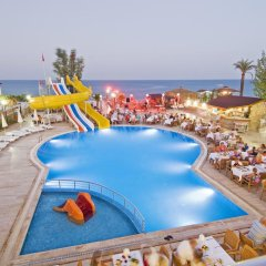 Club Hotel Sunbel бассейн