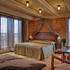 Hotel Majestic Plaza 4* Люкс с различными типами кроватей фото 3
