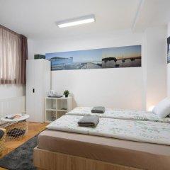 Hostel Bureau Номер Делюкс с различными типами кроватей