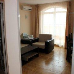 Апартаменты Menada Sky Dreams Apartment Свети Влас комната для гостей фото 3