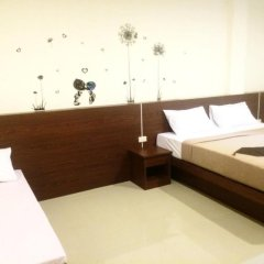 Phuthara Hostel Стандартный номер с различными типами кроватей фото 6