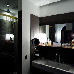 Отель The Weinmeister Berlin-Mitte Германия, Берлин - 1 отзыв об отеле, цены и фото номеров - забронировать отель The Weinmeister Berlin-Mitte онлайн ванная фото 2
