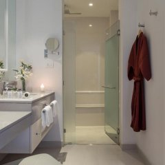 Отель U Sathorn Bangkok 5* Улучшенный номер с различными типами кроватей фото 6