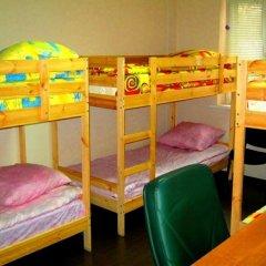 Club Hotel Vremena Goda Hostel Кровать в мужском общем номере с двухъярусной кроватью фото 2