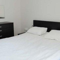 Апартаменты Polaris Inn Apartments комната для гостей