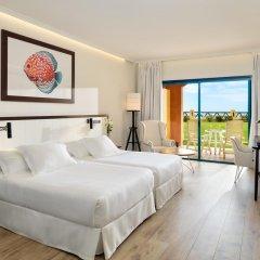 Отель H10 Sentido Playa Esmeralda - Adults Only 4* Улучшенный номер разные типы кроватей фото 4