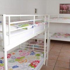 Brussel Hello Hostel Кровать в общем номере с двухъярусной кроватью фото 4