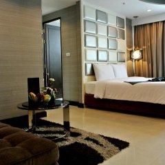 Отель FuramaXclusive Asoke, Bangkok 4* Номер категории Премиум с различными типами кроватей