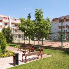 Апартаменты Sunny Fort Apartment Солнечный берег спортивное сооружение