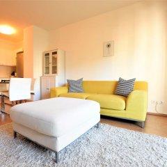 Апартаменты Corvin Apartment Budapest комната для гостей фото 7
