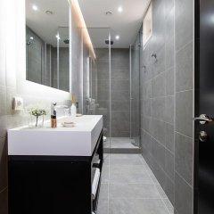 Отель Dominic & Smart Luxury Suites Republic Square 4* Номер Делюкс с различными типами кроватей