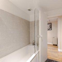 Отель Cosy 1 Bedroomed Central London Великобритания, Лондон - отзывы, цены и фото номеров - забронировать отель Cosy 1 Bedroomed Central London онлайн ванная фото 2