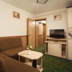 Гостиница Яхонты Таруса Стандартный семейный номер с двуспальной кроватью фото 6