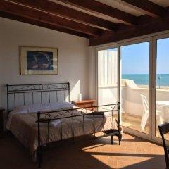 Отель Bed and Breakfast Marinella Стандартный номер фото 6