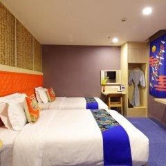 Guangzhou The Royal Garden Hotel 3* Стандартный номер с различными типами кроватей фото 4