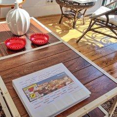Апартаменты Localtraveling ALFAMA River View - Family Apartments интерьер отеля