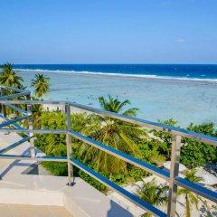 Отель Season Holidays Мальдивы, Мале - отзывы, цены и фото номеров - забронировать отель Season Holidays онлайн балкон