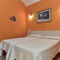 Отель Claudia Suites 3* Стандартный номер с 2 отдельными кроватями (общая ванная комната) фото 5