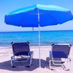 Отель Salonikiou Beach Deluxe Apartments Греция, Аристотелес - отзывы, цены и фото номеров - забронировать отель Salonikiou Beach Deluxe Apartments онлайн пляж фото 2