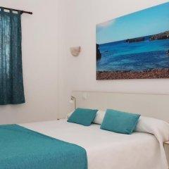 Отель Apartaments California комната для гостей фото 5
