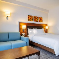 Гостиница Hilton Garden Inn Краснодар (Хилтон Гарден Инн Краснодар) 4* Стандартный номер разные типы кроватей фото 11