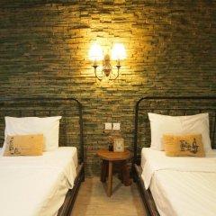 Niras Bankoc Cultural Hostel Стандартный номер с 2 отдельными кроватями фото 2