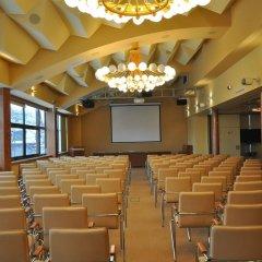 Отель Ośrodek Konferencyjno Wypoczynkowy Hyrny Закопане помещение для мероприятий