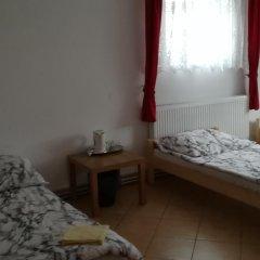 Hostel Lotniskowy комната для гостей