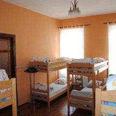 Play Hostel Кровать в общем номере фото 2