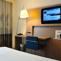 Отель Novotel Brussels City Centre 4* Улучшенный номер с разными типами кроватей