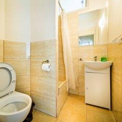Отель Old Town Kanonia Apartments Польша, Варшава - отзывы, цены и фото номеров - забронировать отель Old Town Kanonia Apartments онлайн ванная