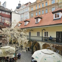 Отель Hastal Gallery Прага балкон