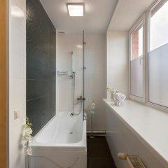 Гостевой Дом ART 11 Стандартный номер с двуспальной кроватью (общая ванная комната) фото 4