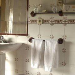 Отель Palacio Obispo Испания, Фуэнтеррабиа - отзывы, цены и фото номеров - забронировать отель Palacio Obispo онлайн ванная