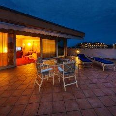 Отель Radisson Blu Majestic Hotel Galzignano Италия, Региональный парк Colli Euganei - отзывы, цены и фото номеров - забронировать отель Radisson Blu Majestic Hotel Galzignano онлайн бассейн фото 5