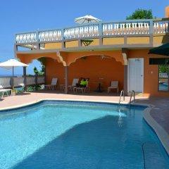 Отель Sea View Heights Villa Montego Bay бассейн