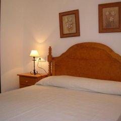 Отель Apartamentos Conil Alquila Испания, Кониль-де-ла-Фронтера - отзывы, цены и фото номеров - забронировать отель Apartamentos Conil Alquila онлайн комната для гостей фото 2