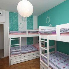 Pozitiv Hostel Кровать в общем номере с двухъярусной кроватью фото 6