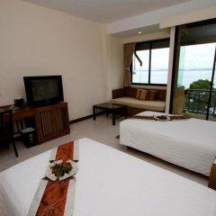 Отель Supalai Resort And Spa Phuket 3* Номер Делюкс с 2 отдельными кроватями фото 5