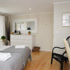 Отель Flores Guest House 4* Стандартный номер с двуспальной кроватью фото 38