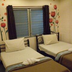 Отель Taewez Guesthouse Бангкок комната для гостей фото 3