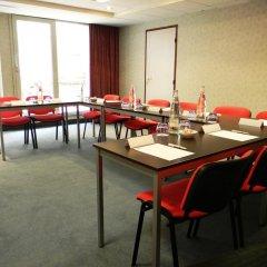 Отель Holiday Inn Paris Montmartre Париж помещение для мероприятий