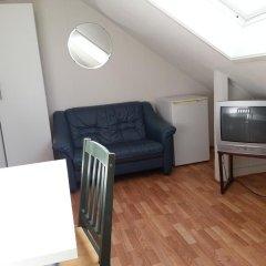 Stavanger Lille Hotel & Cafe 3* Номер с общей ванной комнатой с различными типами кроватей (общая ванная комната) фото 5