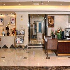 Arabian Gulf Hotel Apartments интерьер отеля