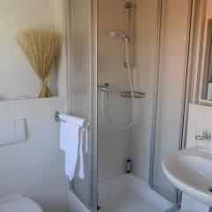 Hotel Am Alten Strom 3* Стандартный номер с различными типами кроватей фото 6