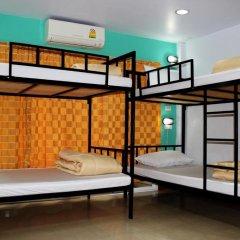Home Base Hostel Adults Only Кровать в общем номере фото 4