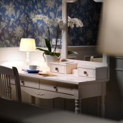 De Gaulle Бутик Отель 4* Полулюкс с различными типами кроватей