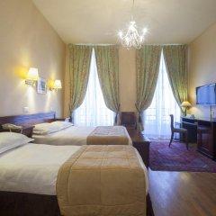 Отель Hôtel du Palais Bourbon Франция, Париж - отзывы, цены и фото номеров - забронировать отель Hôtel du Palais Bourbon онлайн комната для гостей фото 8
