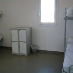 Отель Alberg Juvenil Sa Vinyeta удобства в номере
