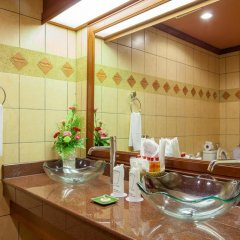 Отель Royal Phawadee Village 4* Люкс фото 6